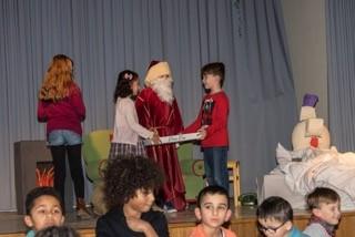 """Father christmas is hungry"" – Weihnachtsfeier der 3. Schuljahre"