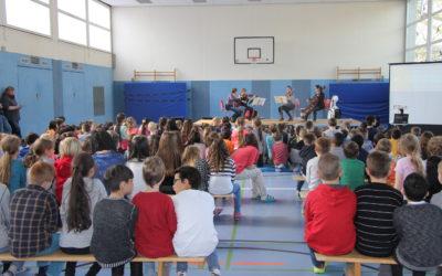 """""""WDR macht Schule – Dackl trifft Mozart"""" in der Janosch-Grundschule"""