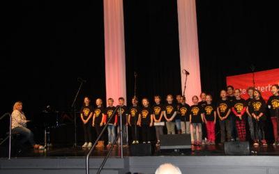 Chorauftritt beim Seniorenfest in der Troisdorfer Stadthalle